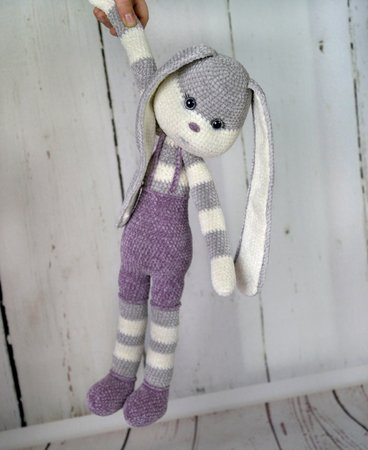 Ravelry: Velvet Bunny pattern by On A Whim Creations | 450x368