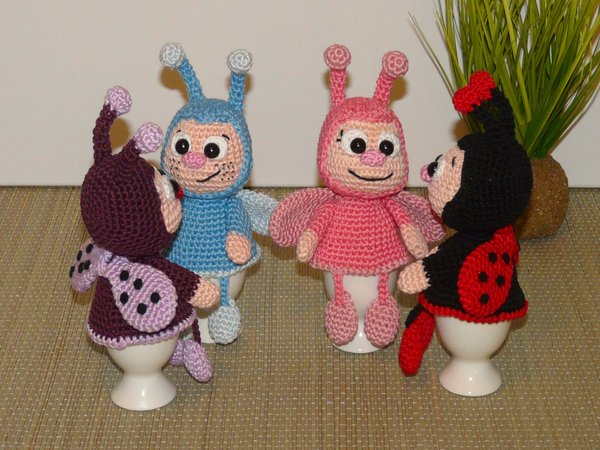146 Crochet Pattern - Girl doll in a Ladybug outfit - Amigurumi ...   450x600