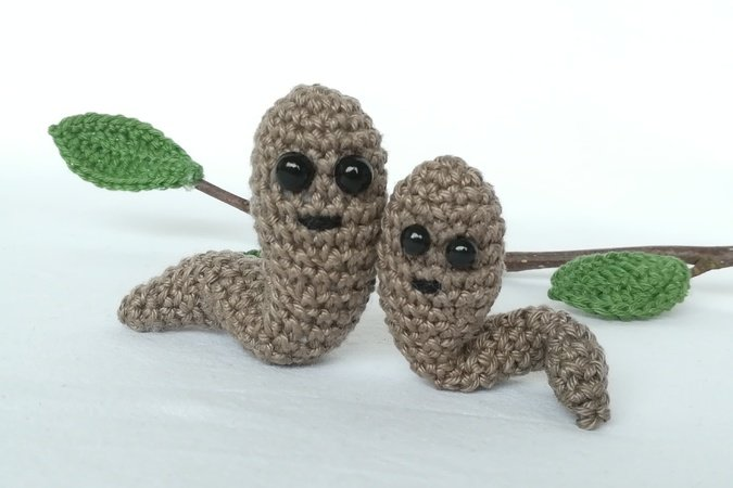 6 Crochet Apple Amigurumi Free Patterns | Kostenlos amigurumi ... | 450x675