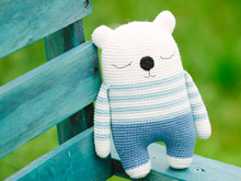 Mimo the sleepy bear amigurumi pattern