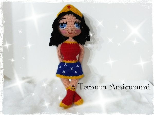 Crochet pattern doll WONDER WOMAN pdf ternura amigurumi english