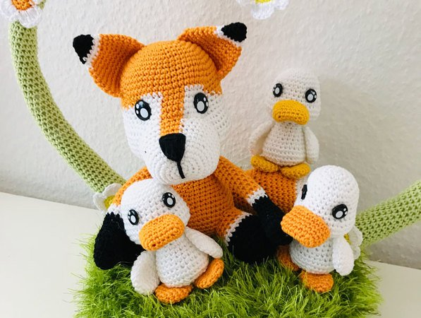 "Cotton & Friends: ""Frida Fuchs mit Entenkindern"""