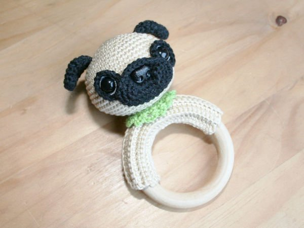 Pug Rattle Ring - Crochet Pattern