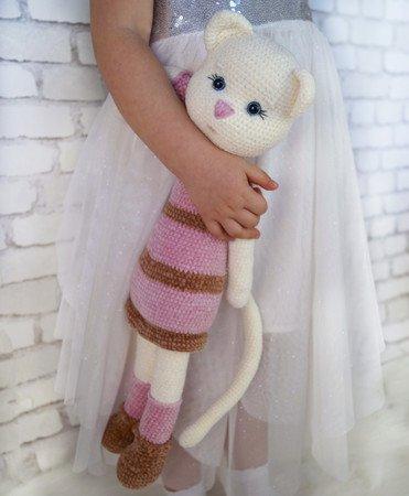 Large Ami Cat crochet pattern - Amigurumi Today | 450x371