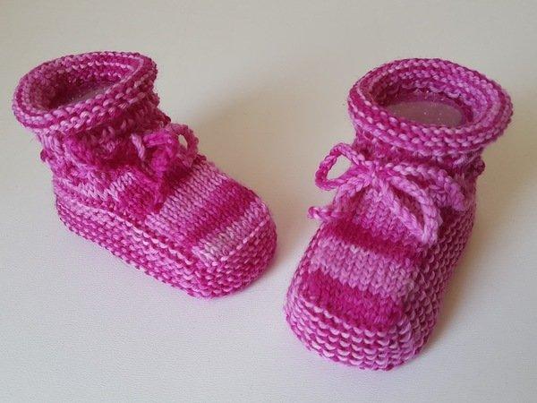 Strickanleitung Babyschuhe aus Wollresten Sockenwolle, Sohlenlänge ca. 9 cm