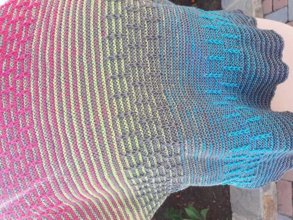 "Scarf with Slip Stitch Ladders with a special yarn ""Lighthouse"""
