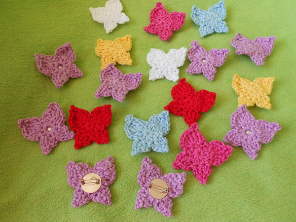 Crochet Butterfly Keychain Free Patterns | Virkmönster, Virka ... | 450x600