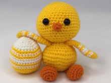 Little Chichen Easter Egg Crochet Pattern