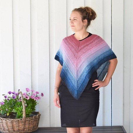 Timeless Poncho - Twister