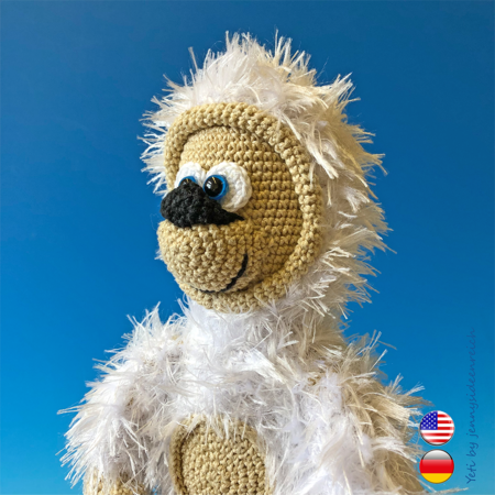 Little Bigfoot Monkey Revised Pattern Video Tutorial | 450x450