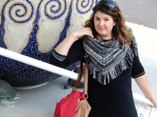 "Fringe shawl knitting pattern ""Jazz"""