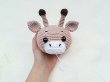 Giraffen Music Box - Crochet Pattern