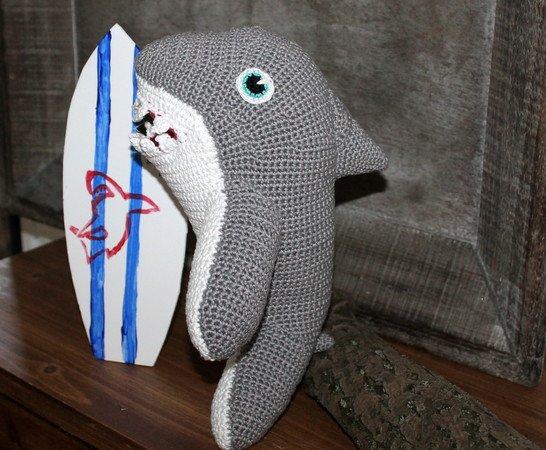 Shark Amigurumi - Crochet Free Pattern | 450x546