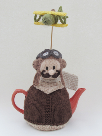 VINTAGE KNITTING PATTERN THE COW IN THE MEADOW TEA COSY IN DK WOOL