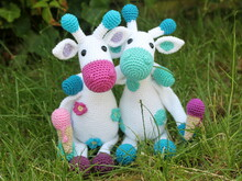 blooming giraffes crochet pattern