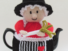 Welsh Lady Tea Cosy Knitting Pattern