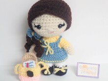 Pippa Goes to School- Crochet Amigurumi Pattern PDF- English
