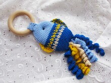 Crochet baby rattle teething ring pattern