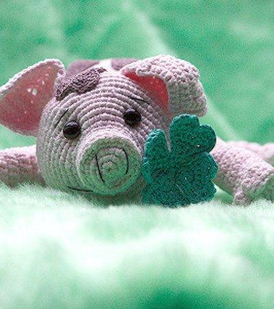 Amigurumi sweet pig free pattern | Amiguroom Toys | 450x400