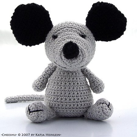 mouse cheeshu, crochet amigurumi, PDF Pattern by Katja Heinlein animal figure tutorial