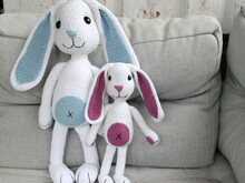 Bunnies Henry and Henriette crochet pattern