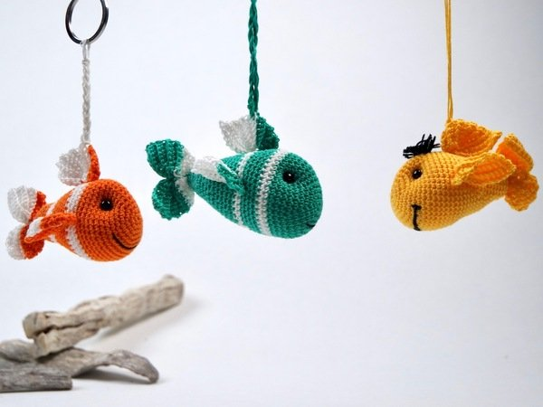 15 Free Must-Make Amigurumi Keychains for Bags, Purses, and Keys ... | 450x600