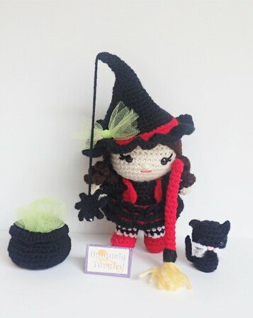 Wisteria the Witch – free pattern (With images) | Halloween ... | 450x357