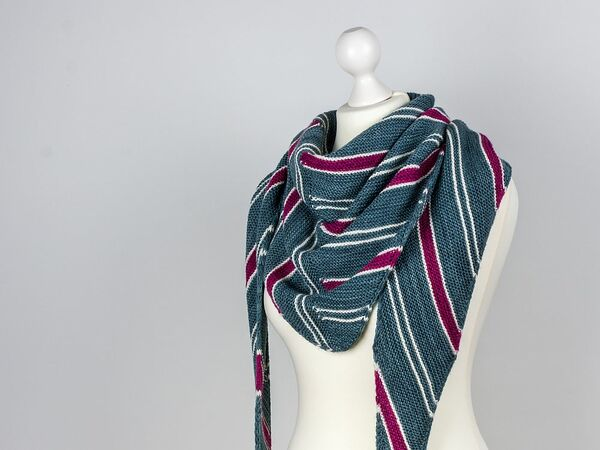 Knitting Pattern Shawl Drifting Lines