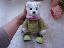 Bear amigurumi crochet pattern ( not include sweater and shoes)