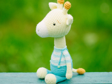 crochet pattern - Milo the Giraffe -