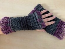 "crochet pattern fingerless gloves / puffs ""Melli"""