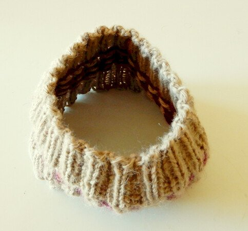 "Stranded colorwork headband knitting pattern ""Chilly"""