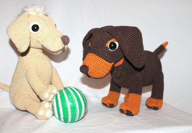 Ravelry: Boodles Dachshund FREE pattern by Laura Sutcliffe ... | 450x649