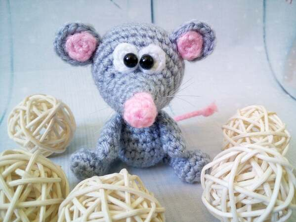 231 Crochet Pattern - Little Rat Mimi with a scarf - Amigurumi PDF file by Knittoy CP