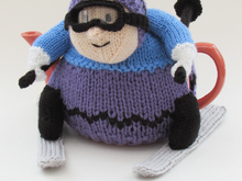 Skier Tea Cosy Knitting Pattern
