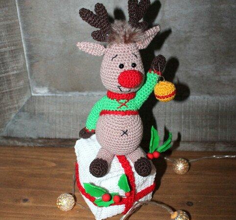 Cute Crochet Reindeer Amigurumi - Free Patterns - DIY 4 EVER | 450x482