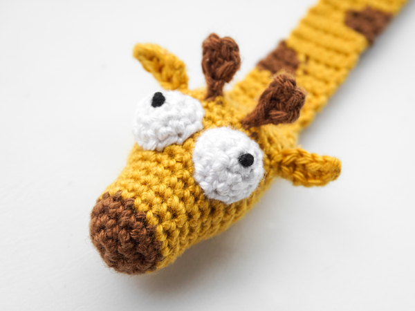 Love My Giraffe Toy Crochet Tutorial - YouTube | 450x600