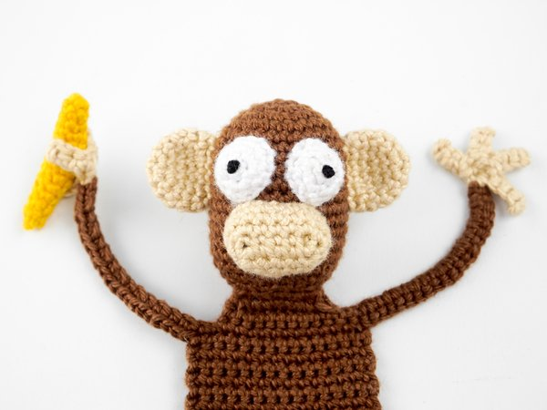 Crochet Monkey Business: A Crochet Story with Amigurumi Projects ... | 450x600