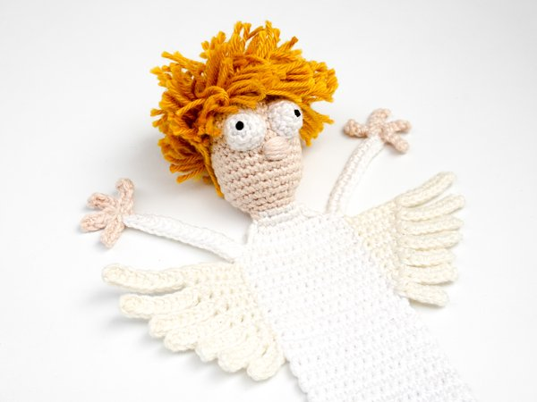 Crochet Amigurumi Doll Angel - Free Patterns #freecrochetpatterns ... | 450x600