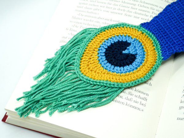 How to Add Faces to Your Amigurumi: Satin Stitch Embroidery ... | 450x600