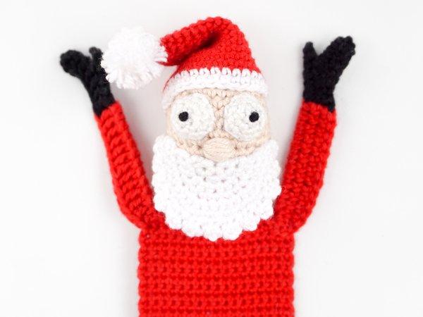 crochet santa claus pattern free , ravelry   Papa noël crochet ...   450x600
