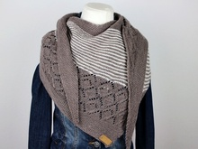 "Knitting pattern shawl ""Neina"""