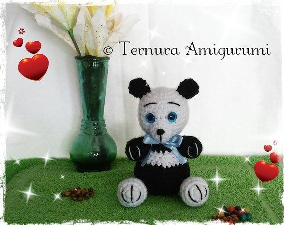 9 Crochet Panda Patterns – Cute Amigurumi Bear Toys - A More ... | 450x569