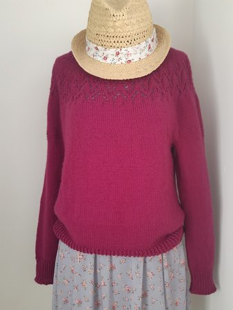 Pattern - Womens Knitted Parenzo Circular Yoke Lace Sweater