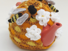 Oh Bee-Hive Honey Bee Tea Cosy Knitting Pattern