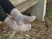 "Sock knitting pattern ""Hello Dotty"""
