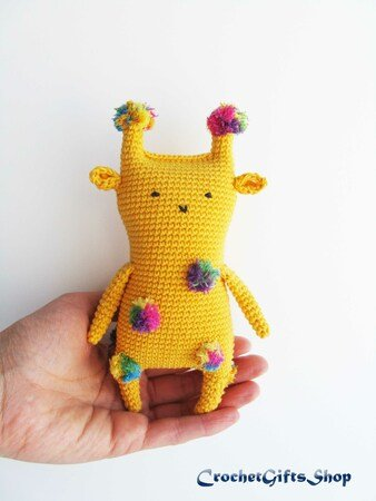 crochet pattern, english or german, giraffe Gerry | 450x338