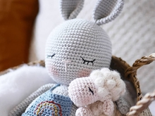 Miro and Hope, 2 Häkelanleitungen, 2 crochet patterns, Petit Bonnet&Lulu loves the moon, Amigurumi, bunny, sheep, deutsch, english language