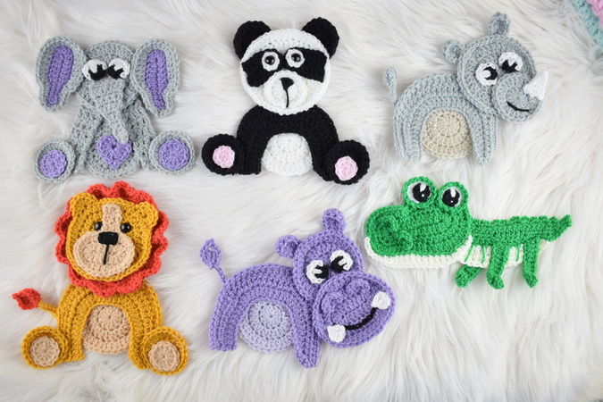 34 Crochet Baby Patterns: Crochet Baby Cocoons and Hats ... | 450x675