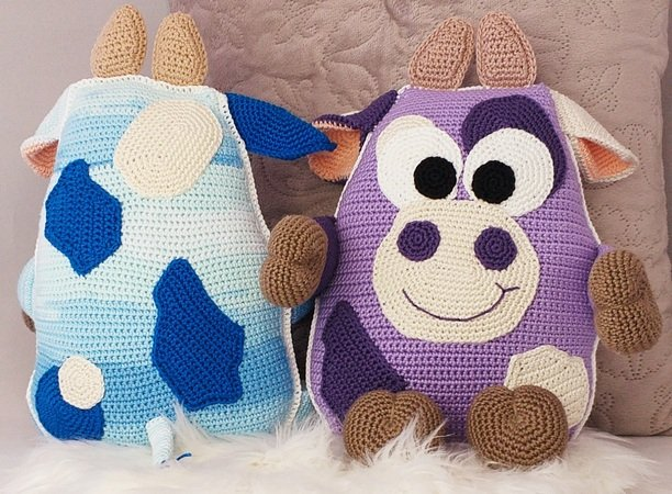 "Crochet Pattern ""Cow Pillow"""